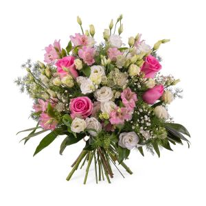 Mixed romantic bouquet